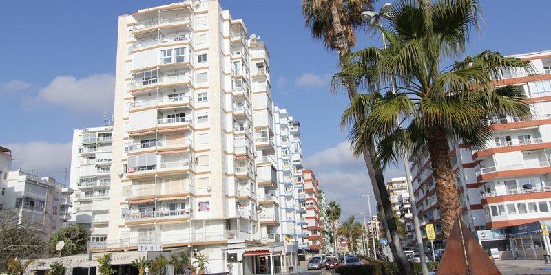 Apartamento 1ª línea de Playa con 2 dormitorios. Meses de Invierno.